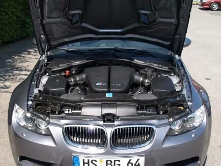 """BMW Serie 3 E92 con el motor V10 del BMW M5: el """"M4"""""""