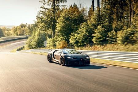 Bugatti Chiron Pur Sport Sale A Correr En La Pista 5