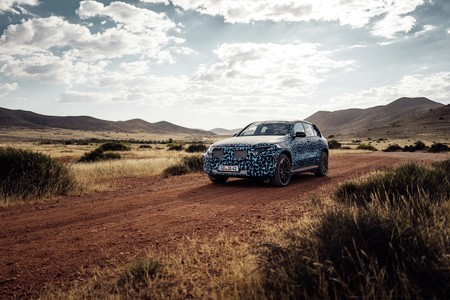 Mercedes Benz Eqc 2019 010