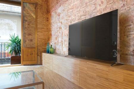 el modelo de referencia de sony si quieres un televisor bien diseado es el x un televisor uhd con diagonal de pulgadas cmara integrada