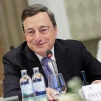 Con las políticas de la Fed se está beneficiando Draghi y el euro