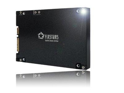 Este es el increíble disco duro de estado solido de 13TB de Fixstars