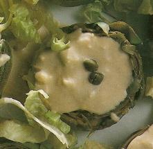 Alcachofas al roquefort con alcaparras