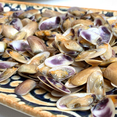 Verano, el momento de las coquinas de temporada, las 'pipas' del mar: qué son y cómo cocinarlas