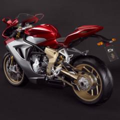 Foto 3 de 10 de la galería mv-agusta-f3-serie-oro-nueva-generacion-de-la-elegancia-italiana en Motorpasion Moto