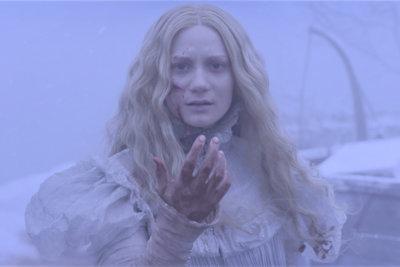 'La cumbre escarlata', nuevos tráileres de la película de terror de Guillermo del Toro