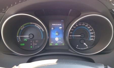 Toyota Auris 2015 Hibrido 23