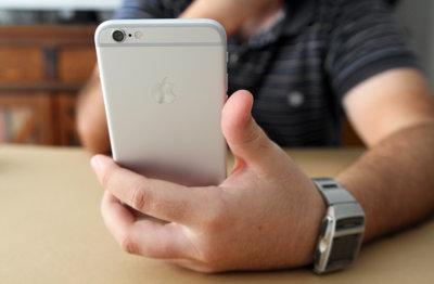 Apple no atiende a razones: los 16 GB del iPhone y iPad básicos les parecen justificados