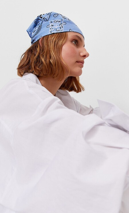 Cinco ideas de peinado usando un pañuelo que hemos visto en Stradivarius y que quedan bien con cualquier corte de pelo