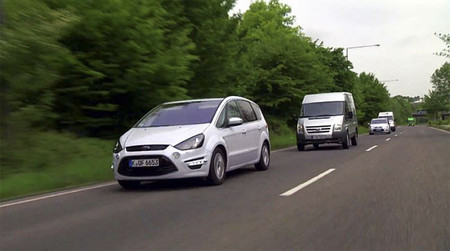 Ford Electronic Brake Light dispuesto a acabar con los choques en cadena