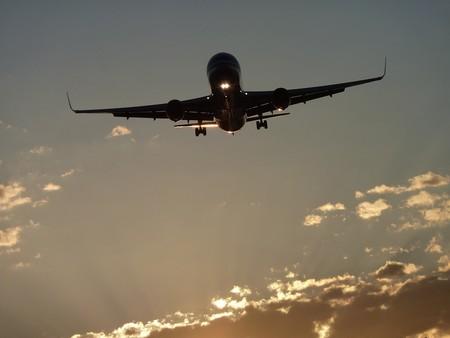 Este vídeo muestra el tráfico aéreo mundial en 24 horas
