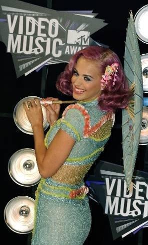 El peinado de Katy Petty en los MTV Awards