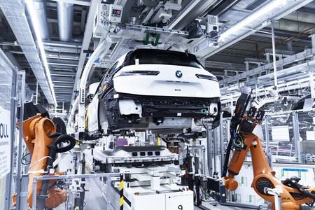 California quiere baterías de coches eléctricos garantizadas por ley en 2026: un 80% de capacidad en 15 años o 240.000 km