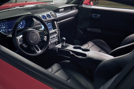 Mustang Performance Pack Level 2 11