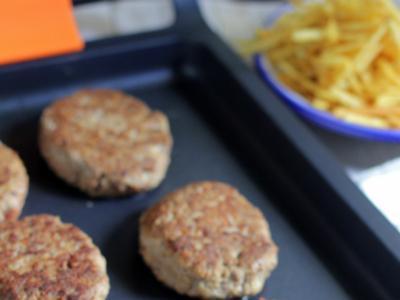 Receta de frikadellen, las deliciosas hamburguesas alemanas especiadas