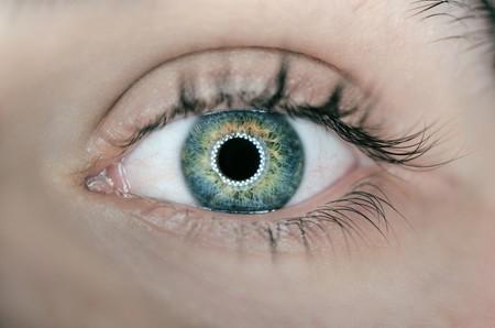 Las claves para cuidar la salud de tus ojos si pasas muchas horas delante del ordenador
