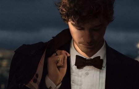 Mr. Burberry relanza su fragancia con un acento más sensual inspirado en el trench