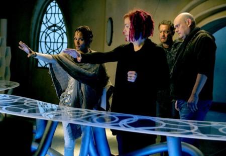 Andy y Lana Wachowski dirigiendo El Atlas de las Nubes