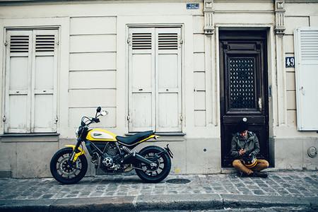 """¿Es realmente """"cara"""" la nueva Ducati Scrambler? Lo discutimos"""