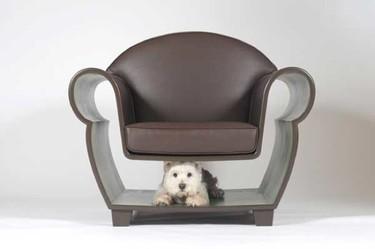 ¿Qué podemos guardar en la estructura hueca de un sillón?