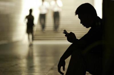 No sigas escapando del cartero, ahora las multas y otras notificaciones oficiales te llegarán por SMS o mail
