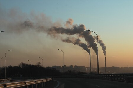 Las emisiones de óxidos de nitrógeno disminuyeron un 15% a nivel mundial debido a los confinamientos por la pandemia de COVID-19