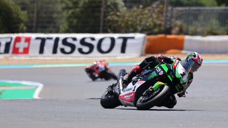 Jonathan Rea se estrena en Estoril y da un golpe al mundial de Superbikes por la caída de Scott Redding