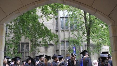 Una asignatura sobre la felicidad impartida por Yale ahora está disponible gratuitamente