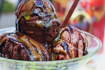 Helado proteico de chocolate