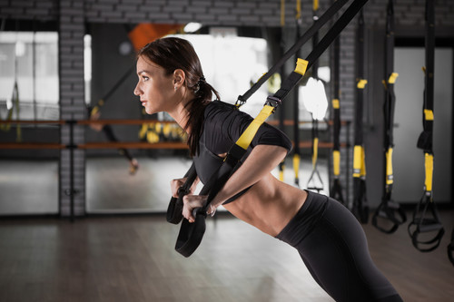 Tabata en suspensión: una rutina de cuatro minutos para poner a prueba tus músculos