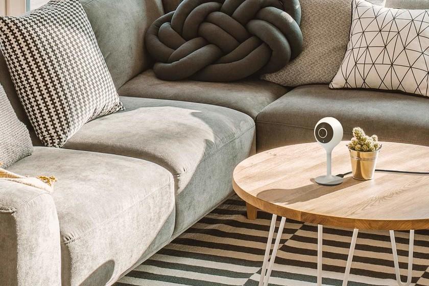 Solo en casa: guía de compra de dispositivos inteligentes para cuidar tu casa cuando te vas de vacaciones
