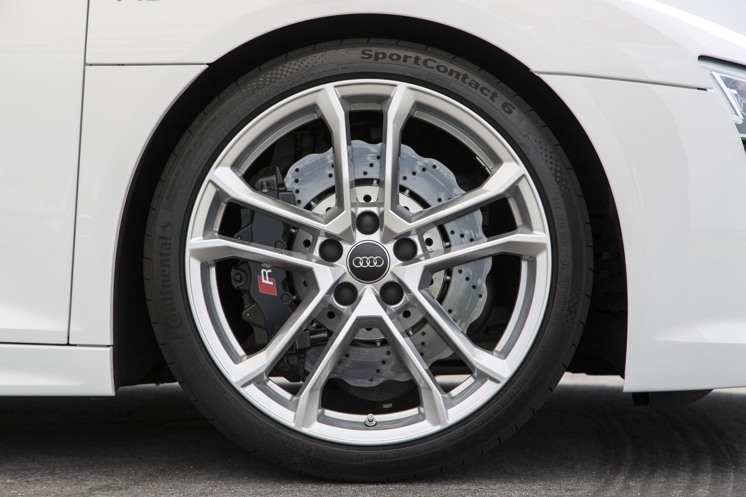 Foto de Audi R8 Spyder (1/38)