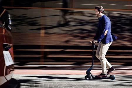 El problema de los patinetes eléctricos circulando por las calles y su vacío legal: lo que sabemos hasta ahora