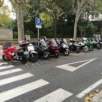 La moto en la nueva normalidad: el scooter urbano le gana la carrera a la bicicleta en la desescalada