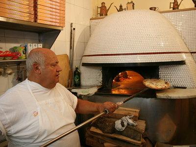 El arte de la pizza napolitana, declarado Patrimonio Inmaterial de la Humanidad