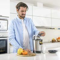 Ofertas de cocina en Amazon con pequeños accesorios como sopletes, cortadores o exprimidores de marcas como Jamie Oliver o Taurus