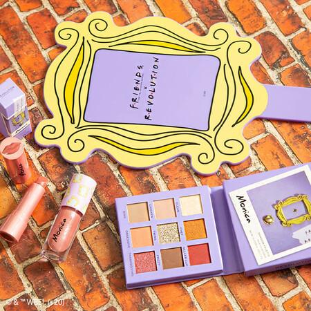 Encontramos una nueva obsesión beauty: la recién estrenada colección de maquillaje de Friends x Makeup Revolution