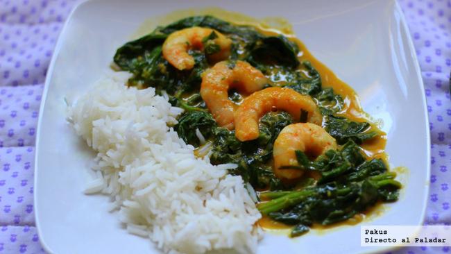 curry de espinacas con langostinos