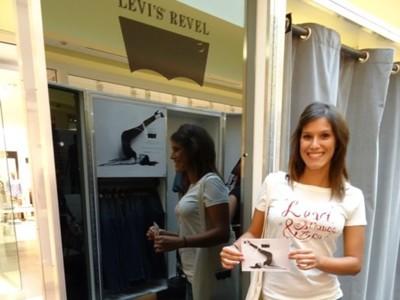 ¿Todavía no has venido a nuestras Levi's® Revel Pop Up Rooms? Aún hay tiempo: no te lo pierdas