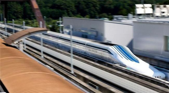 ¿Para qué coger el avión? El tren maglev de Japón alcanza los 500 km/h