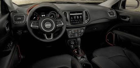 Comparativa Nissan Qashqai Jeep Compass9