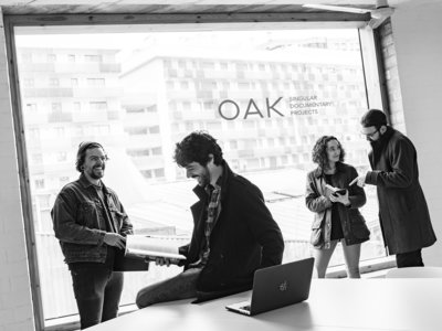 """""""El papel le da un valor añadido a los proyectos de fotografía documental"""", Alex Rodal, editor de la revista D.OAK"""