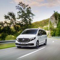 La furgoneta eléctrica Mercedes-Benz EQV llega con ocho plazas, 357 km de autonomía y un precio desde 78.885 euros