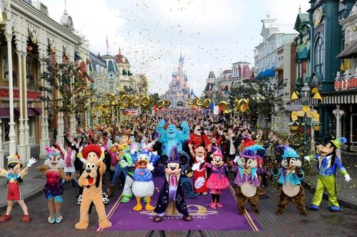 Disfruta como un niño en los mejores parques de atracciones europeos