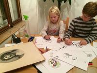 Manualidad: Renovar viejas fotografías con ayuda de tus hijos