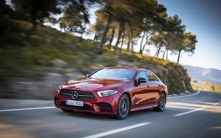 Manejamos el Mercedes-Benz CLS 450, el coupé de cuatro puertas que inventó el segmento
