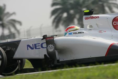 Sergio Perez destapa el tarro de las esencias