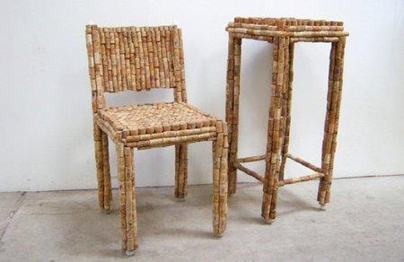 Recicladecoración: sillas y mesas hechas con corchos