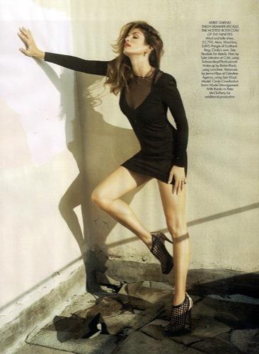 Cindy Crawford eternamente joven en la portada de Harper