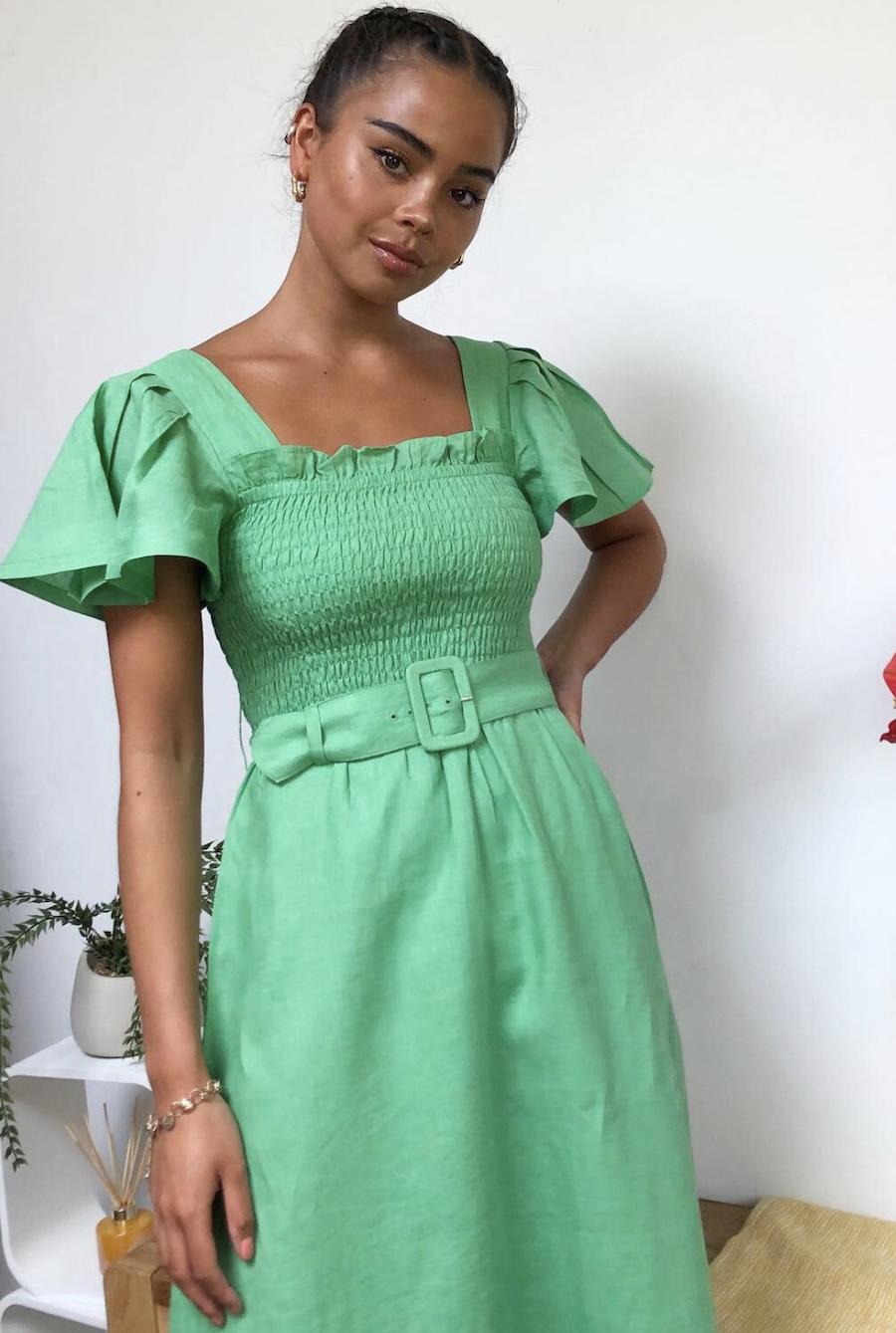 Vestido midi de lino verde con escote cuadrado y cinturón de & Other Stories